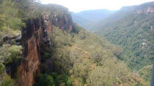 Figura 1. Una cascada en Kangooroo Valley